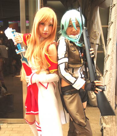 Cosplayers of Asuna and Sinon from Sword Art Online
