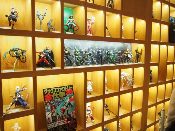 Shelves for figures