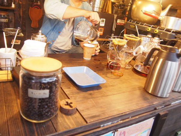Counter of Tabi Shonin's Coffee (Coffee of Peddler)